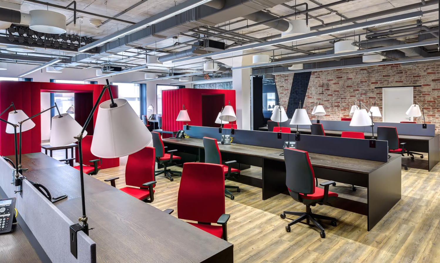 cramped office space. How Can Small Businesses Maximise Their Office Space If They Can\u0027t Afford Larger Premises Cramped