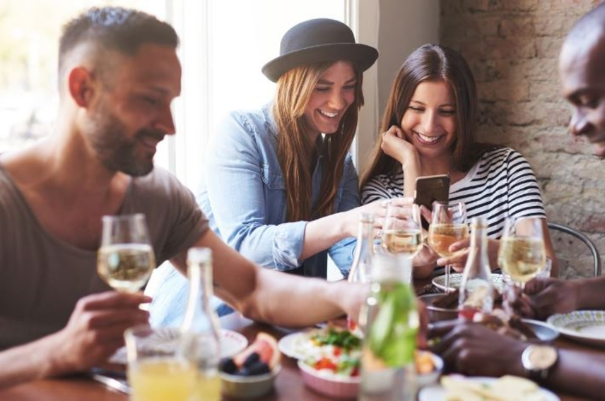 How food businesses can use content marketing to connect with customers